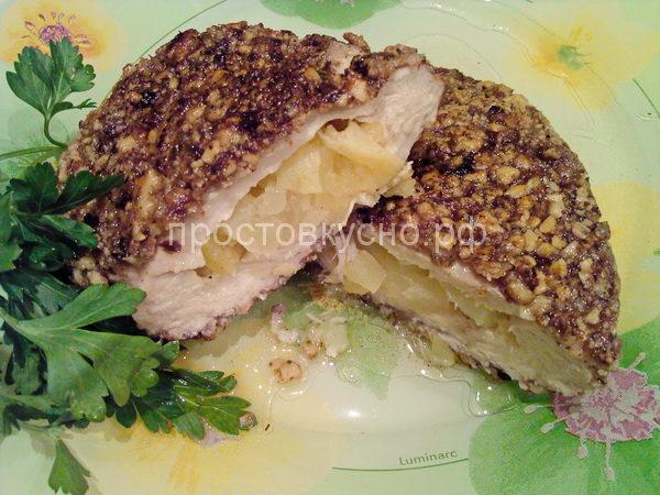 Куриные грудки, фаршированные ананасом