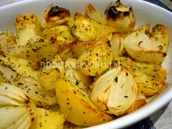 Картофель запеченный с розмарином