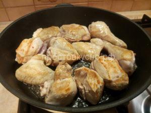 Курица с маслинами